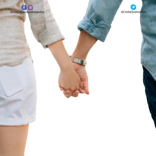 Em caso de reconhecimento de união estável com pessoa ainda casada, se faz necessária a citação do cônjuge