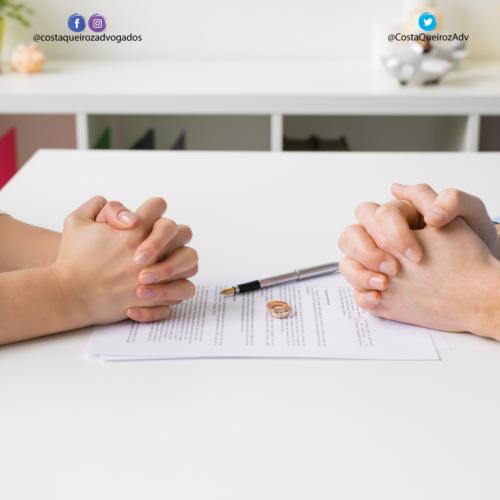 Casal pode escolher se a ação de divórcio consensual será pela via judicial ou extrajudicial