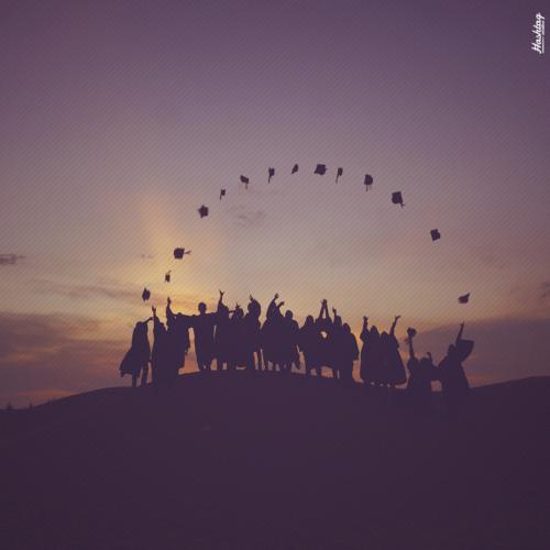Instituição de ensino é condenada a indenizar por demora em fornecer diploma