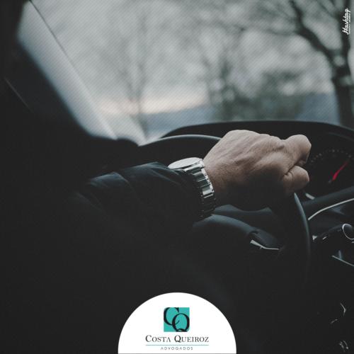 Empresa de transporte por aplicativo deve indenizar motorista assaltado durante corrida