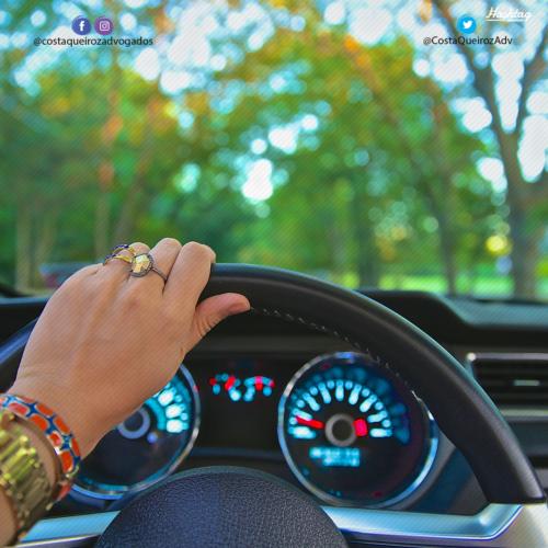 TJGO – Mulher que comprou veículo mas não o transferiu para seu nome indenizará antigo dono